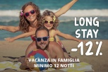 Una vacanza in famiglia: relax, divertimento, sole, mare